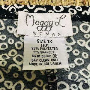 MAGGIE L Skirts - EUC Black & White Stretch Skirt